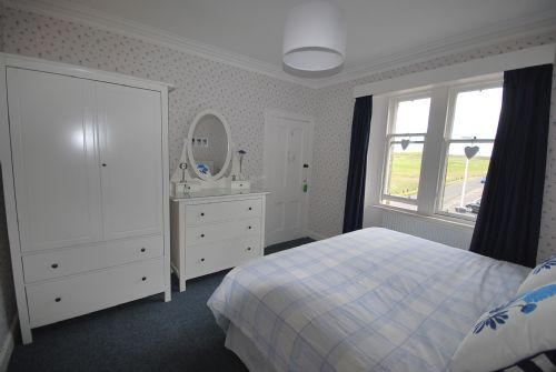 Double bedroom (two singles togher to make a king)