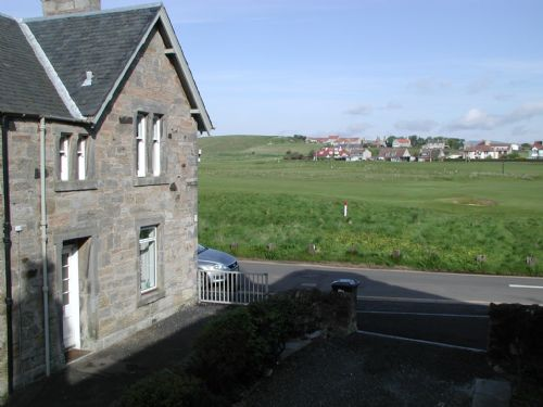 1 Allan Place outside overlooking 18 hole golf course
