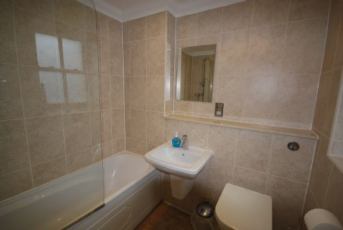 Ensuite for twin upper