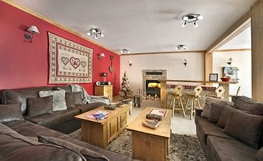 Baby Friendly Holidays at Chalet Nicole - Family Room