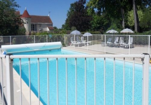 Baby Friendly Holidays at Le Pineau - Les Vieilles Ombres
