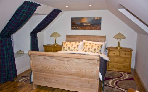 Upfront,up,front,reviews,accommodation,self,catering,rental,holiday,homes,cottages,feedback,information,genuine,trust,worthy,trustworthy,supercontrol,system,guests,customers,verified,exclusive,tidal cottage,islands and highlands cottages,lower breakish,,image,of,photo,picture,view