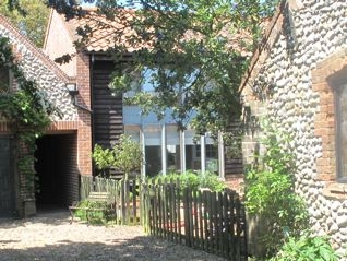 Baby Friendly Holidays at Barnhouse Holiday Cottages - Overstrand