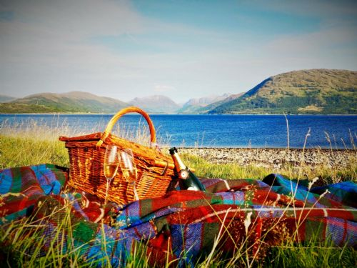 Upfront,up,front,reviews,accommodation,self,catering,rental,holiday,homes,cottages,feedback,information,genuine,trust,worthy,trustworthy,supercontrol,system,guests,customers,verified,exclusive,cuil moss cottage,ardgour estate,ardgour,,image,of,photo,picture,view