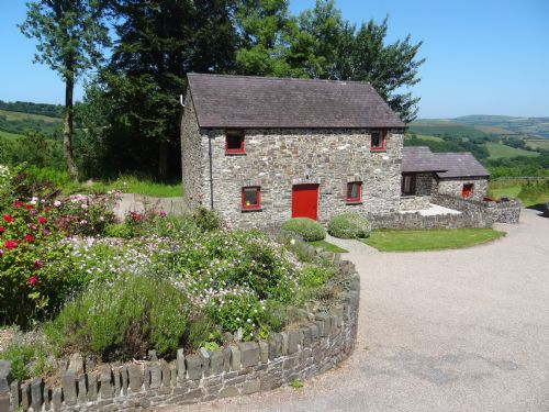 Upfront,up,front,reviews,accommodation,self,catering,rental,holiday,homes,cottages,feedback,information,genuine,trust,worthy,trustworthy,supercontrol,system,guests,customers,verified,exclusive,the granary cottage,treberfedd farm,lampeter,,image,of,photo,picture,view