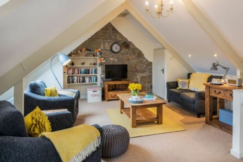 Upfront,up,front,reviews,accommodation,self,catering,rental,holiday,homes,cottages,feedback,information,genuine,trust,worthy,trustworthy,supercontrol,system,guests,customers,verified,exclusive,swallows,tregongeeves farm,st austell,,image,of,photo,picture,view