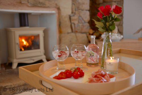 Enjoy a romantic evening by the fire in Mangle Cottage