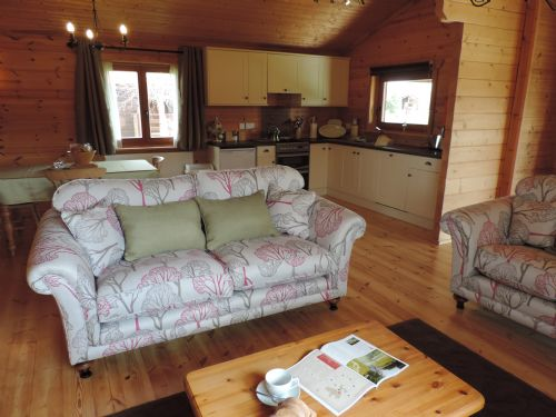 Upfront,up,front,reviews,accommodation,self,catering,rental,holiday,homes,cottages,feedback,information,genuine,trust,worthy,trustworthy,supercontrol,system,guests,customers,verified,exclusive,woodpecker lodge,rural roosts,market rasen,,image,of,photo,picture,view