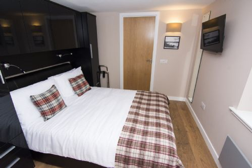 Upfront,up,front,reviews,accommodation,self,catering,rental,holiday,homes,cottages,feedback,information,genuine,trust,worthy,trustworthy,supercontrol,system,guests,customers,verified,exclusive,tresta,nort bode apartments,lerwick,,image,of,photo,picture,view