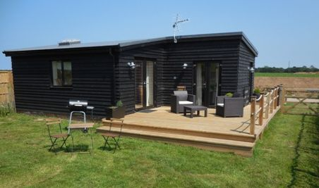Upfront,up,front,reviews,accommodation,self,catering,rental,holiday,homes,cottages,feedback,information,genuine,trust,worthy,trustworthy,supercontrol,system,guests,customers,verified,exclusive,the lodge,east ruston cottages ltd,east ruston,,image,of,photo,picture,view