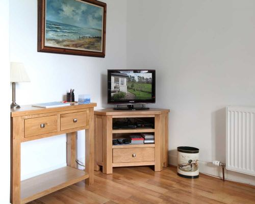 Upfront,up,front,reviews,accommodation,self,catering,rental,holiday,homes,cottages,feedback,information,genuine,trust,worthy,trustworthy,supercontrol,system,guests,customers,verified,exclusive, willow cottage,noddsdale estate,largs,,image,of,photo,picture,view