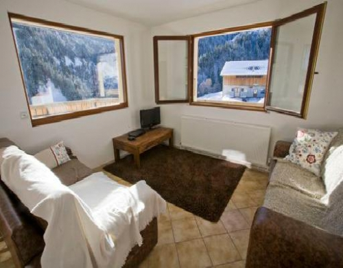 Baby Friendly Holidays at Chalet La Giettaz- 3 bed apartment