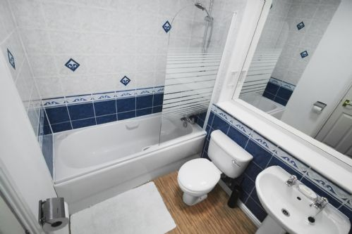 Upfront,up,front,reviews,accommodation,self,catering,rental,holiday,homes,cottages,feedback,information,genuine,trust,worthy,trustworthy,supercontrol,system,guests,customers,verified,exclusive,albury apartment,thistle apartments ltd,aberdeen,,image,of,photo,picture,view