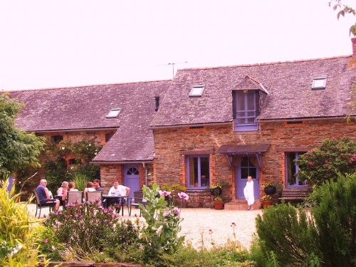 Baby Friendly Holidays at La Briquerie - Rose Cottage