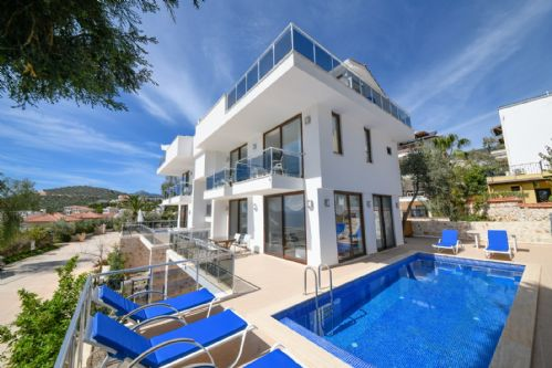 Upfront,up,front,reviews,accommodation,self,catering,rental,holiday,homes,cottages,feedback,information,genuine,trust,worthy,trustworthy,supercontrol,system,guests,customers,verified,exclusive,iskele apartment 2,olive tree travel,central kalkan,,image,of,photo,picture,view