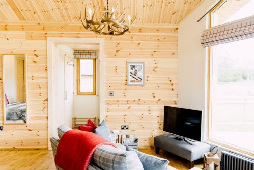 Upfront,up,front,reviews,accommodation,self,catering,rental,holiday,homes,cottages,feedback,information,genuine,trust,worthy,trustworthy,supercontrol,system,guests,customers,verified,exclusive,hyggelig - log cabin,rivercatcher,llandrillo,,image,of,photo,picture,view