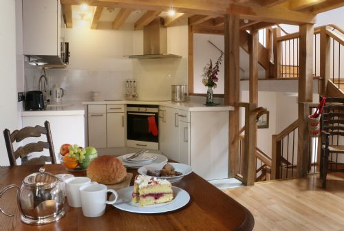 Upfront,up,front,reviews,accommodation,self,catering,rental,holiday,homes,cottages,feedback,information,genuine,trust,worthy,trustworthy,supercontrol,system,guests,customers,verified,exclusive,cider cottage,thatch close cottages,ross on wye,,image,of,photo,picture,view