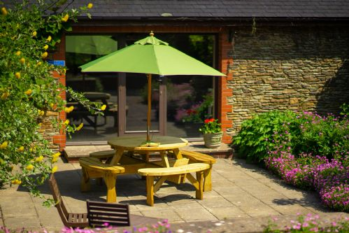 Upfront,up,front,reviews,accommodation,self,catering,rental,holiday,homes,cottages,feedback,information,genuine,trust,worthy,trustworthy,supercontrol,system,guests,customers,verified,exclusive,the farmhouse at wheel farm (10-12),my favourite cottages,combe martin,,image,of,photo,picture,view