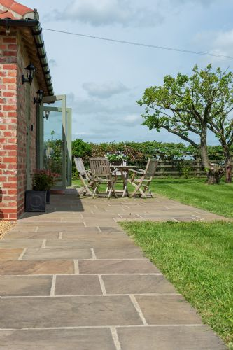 Upfront,up,front,reviews,accommodation,self,catering,rental,holiday,homes,cottages,feedback,information,genuine,trust,worthy,trustworthy,supercontrol,system,guests,customers,verified,exclusive,greendale lodge,tunstall road farm,catterick,,image,of,photo,picture,view