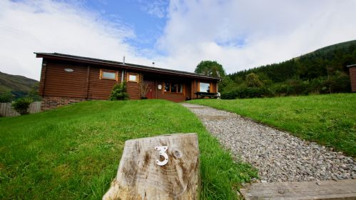 Upfront,up,front,reviews,accommodation,self,catering,rental,holiday,homes,cottages,feedback,information,genuine,trust,worthy,trustworthy,supercontrol,system,guests,customers,verified,exclusive,glen ogle lodge,cooper cottages,lochearnhead,,image,of,photo,picture,view