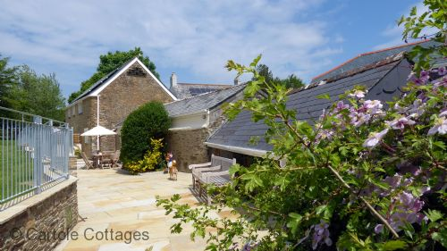 Upfront,up,front,reviews,accommodation,self,catering,rental,holiday,homes,cottages,feedback,information,genuine,trust,worthy,trustworthy,supercontrol,system,guests,customers,verified,exclusive,caro's cottage,cartole cottages,looe,,image,of,photo,picture,view