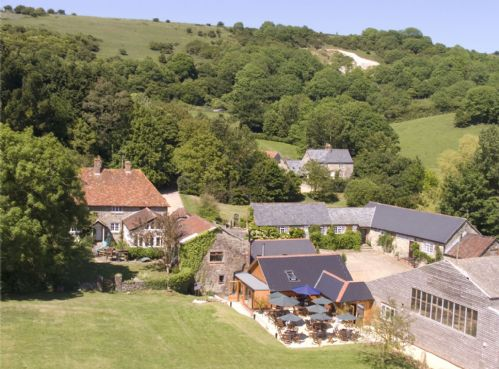 Upfront,up,front,reviews,accommodation,self,catering,rental,holiday,homes,cottages,feedback,information,genuine,trust,worthy,trustworthy,supercontrol,system,guests,customers,verified,exclusive,barn cottage,the garlic farm,sandown,,image,of,photo,picture,view