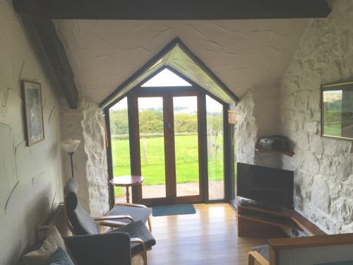 Upfront,up,front,reviews,accommodation,self,catering,rental,holiday,homes,cottages,feedback,information,genuine,trust,worthy,trustworthy,supercontrol,system,guests,customers,verified,exclusive,chapel barn,clyne farm centre,swansea,,image,of,photo,picture,view
