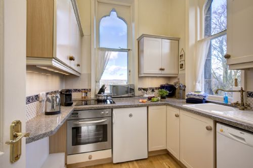 Upfront,up,front,reviews,accommodation,self,catering,rental,holiday,homes,cottages,feedback,information,genuine,trust,worthy,trustworthy,supercontrol,system,guests,customers,verified,exclusive,the moorview,westwood lodge ilkley moor,ilkley,,image,of,photo,picture,view