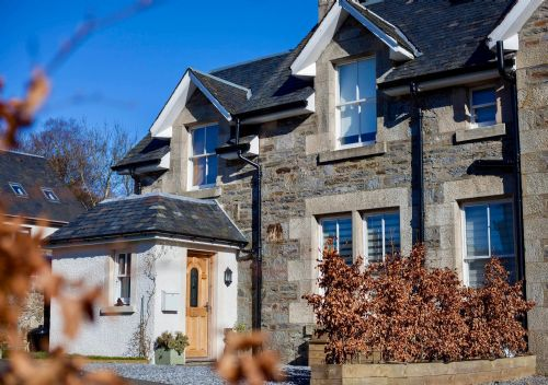 Upfront,up,front,reviews,accommodation,self,catering,rental,holiday,homes,cottages,feedback,information,genuine,trust,worthy,trustworthy,supercontrol,system,guests,customers,verified,exclusive,the tighna,cooper cottages,killin,,image,of,photo,picture,view