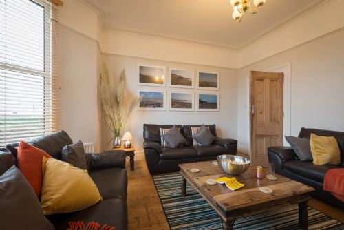 Upfront,up,front,reviews,accommodation,self,catering,rental,holiday,homes,cottages,feedback,information,genuine,trust,worthy,trustworthy,supercontrol,system,guests,customers,verified,exclusive,anglesey house,anglesey holiday lettings ,rhosneigr,,image,of,photo,picture,view