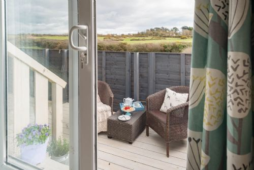 Upfront,up,front,reviews,accommodation,self,catering,rental,holiday,homes,cottages,feedback,information,genuine,trust,worthy,trustworthy,supercontrol,system,guests,customers,verified,exclusive,bryn bach,anglesey holiday lettings ,llanfaelog,,image,of,photo,picture,view