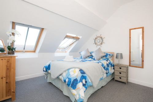 Upfront,up,front,reviews,accommodation,self,catering,rental,holiday,homes,cottages,feedback,information,genuine,trust,worthy,trustworthy,supercontrol,system,guests,customers,verified,exclusive,tŷ rhiannon,anglesey holiday lettings ,aberffraw,,image,of,photo,picture,view