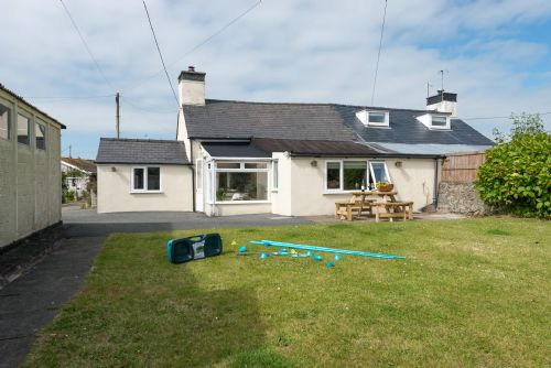 Upfront,up,front,reviews,accommodation,self,catering,rental,holiday,homes,cottages,feedback,information,genuine,trust,worthy,trustworthy,supercontrol,system,guests,customers,verified,exclusive,tyn lon,anglesey holiday lettings ,rhosneigr,,image,of,photo,picture,view
