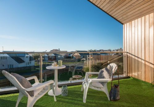 Upfront,up,front,reviews,accommodation,self,catering,rental,holiday,homes,cottages,feedback,information,genuine,trust,worthy,trustworthy,supercontrol,system,guests,customers,verified,exclusive,white gables,anglesey holiday lettings ,rhosneigr,,image,of,photo,picture,view