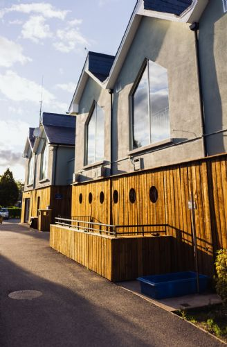 Upfront,up,front,reviews,accommodation,self,catering,rental,holiday,homes,cottages,feedback,information,genuine,trust,worthy,trustworthy,supercontrol,system,guests,customers,verified,exclusive,the avon, blessington, wicklow - 3 bed - sleeps 6,relax ireland - the holiday home experts,blessington,,image,of,photo,picture,view