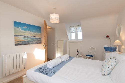 Upfront,up,front,reviews,accommodation,self,catering,rental,holiday,homes,cottages,feedback,information,genuine,trust,worthy,trustworthy,supercontrol,system,guests,customers,verified,exclusive,norman court,anglesey holiday lettings ,rhosneigr,,image,of,photo,picture,view