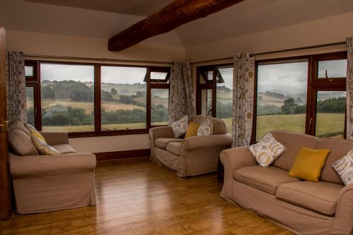 Upfront,up,front,reviews,accommodation,self,catering,rental,holiday,homes,cottages,feedback,information,genuine,trust,worthy,trustworthy,supercontrol,system,guests,customers,verified,exclusive,vale rowan,vale farm cottages,lower chapel, brecon,,image,of,photo,picture,view