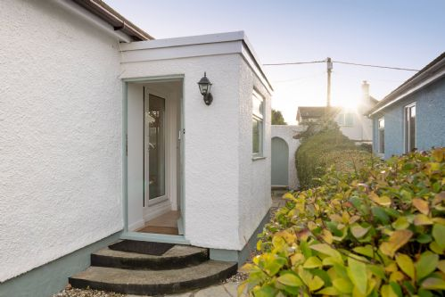 Upfront,up,front,reviews,accommodation,self,catering,rental,holiday,homes,cottages,feedback,information,genuine,trust,worthy,trustworthy,supercontrol,system,guests,customers,verified,exclusive,old gwenlan,anglesey holiday lettings ,rhosneigr,,image,of,photo,picture,view