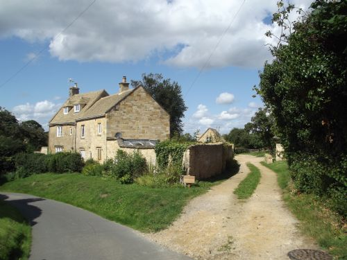 Upfront,up,front,reviews,accommodation,self,catering,rental,holiday,homes,cottages,feedback,information,genuine,trust,worthy,trustworthy,supercontrol,system,guests,customers,verified,exclusive,cornerstone cottage,cotswold & vale lettings,chipping campden,,image,of,photo,picture,view