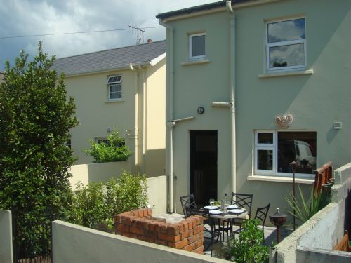 Upfront,up,front,reviews,accommodation,self,catering,rental,holiday,homes,cottages,feedback,information,genuine,trust,worthy,trustworthy,supercontrol,system,guests,customers,verified,exclusive,carrig beag,kenmare rentals.com,kenmare,,image,of,photo,picture,view