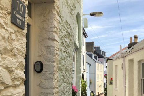 Upfront,up,front,reviews,accommodation,self,catering,rental,holiday,homes,cottages,feedback,information,genuine,trust,worthy,trustworthy,supercontrol,system,guests,customers,verified,exclusive,10 clarence hill,dart valley cottages,dartmouth,,image,of,photo,picture,view