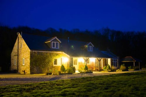 Upfront,up,front,reviews,accommodation,self,catering,rental,holiday,homes,cottages,feedback,information,genuine,trust,worthy,trustworthy,supercontrol,system,guests,customers,verified,exclusive,woodpecker cottage,barnacre cottages,garstang,,image,of,photo,picture,view