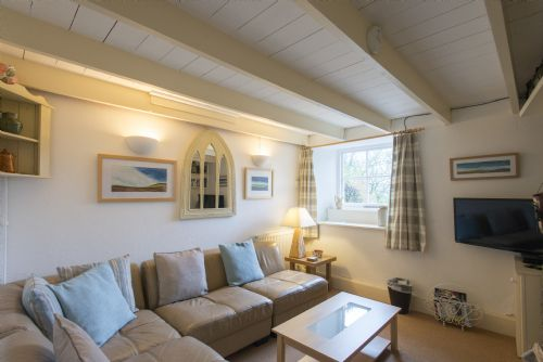 Upfront,up,front,reviews,accommodation,self,catering,rental,holiday,homes,cottages,feedback,information,genuine,trust,worthy,trustworthy,supercontrol,system,guests,customers,verified,exclusive,farm cottage,chypons farm,nancledra nr st ives,,image,of,photo,picture,view