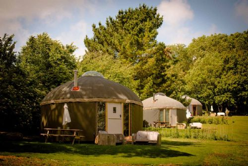 Upfront,up,front,reviews,accommodation,self,catering,rental,holiday,homes,cottages,feedback,information,genuine,trust,worthy,trustworthy,supercontrol,system,guests,customers,verified,exclusive,yurt otto,the garlic farm,newchurch,,image,of,photo,picture,view