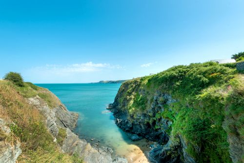 Upfront,up,front,reviews,accommodation,self,catering,rental,holiday,homes,cottages,feedback,information,genuine,trust,worthy,trustworthy,supercontrol,system,guests,customers,verified,exclusive,headland cottage,headland cottage,aberporth,,image,of,photo,picture,view