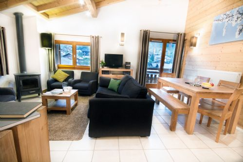 Upfront,up,front,reviews,accommodation,self,catering,rental,holiday,homes,cottages,feedback,information,genuine,trust,worthy,trustworthy,supercontrol,system,guests,customers,verified,exclusive,apartment 9 (3 bed),aiglon morzine ltd,morzine,,image,of,photo,picture,view