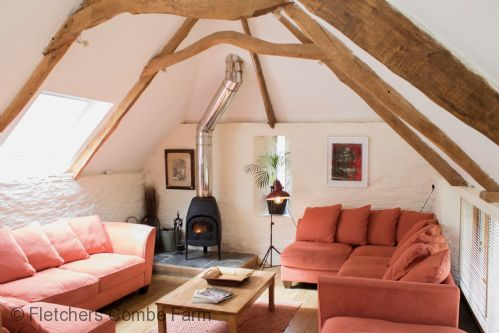 Upfront,up,front,reviews,accommodation,self,catering,rental,holiday,homes,cottages,feedback,information,genuine,trust,worthy,trustworthy,supercontrol,system,guests,customers,verified,exclusive,fletchers combe barn,fletchers combe farm ,totnes,,image,of,photo,picture,view