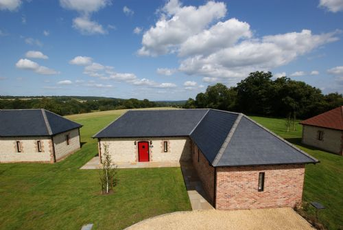 Upfront,up,front,reviews,accommodation,self,catering,rental,holiday,homes,cottages,feedback,information,genuine,trust,worthy,trustworthy,supercontrol,system,guests,customers,verified,exclusive,long meadow,barrow hill barns,petersfield,,image,of,photo,picture,view