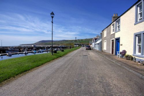 Upfront,up,front,reviews,accommodation,self,catering,rental,holiday,homes,cottages,feedback,information,genuine,trust,worthy,trustworthy,supercontrol,system,guests,customers,verified,exclusive,tarbat view,thistle holiday lets,helmsdale ,,image,of,photo,picture,view