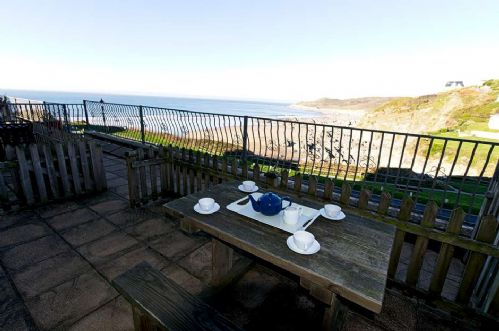 Upfront,up,front,reviews,accommodation,self,catering,rental,holiday,homes,cottages,feedback,information,genuine,trust,worthy,trustworthy,supercontrol,system,guests,customers,verified,exclusive,combesgate view, 3 crossways court,holiday home hunter,woolacombe,,image,of,photo,picture,view